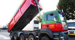 Prodej nákladních aut a techniky