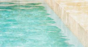 Jaké typy bazénové chemie jsou nejběžnější?